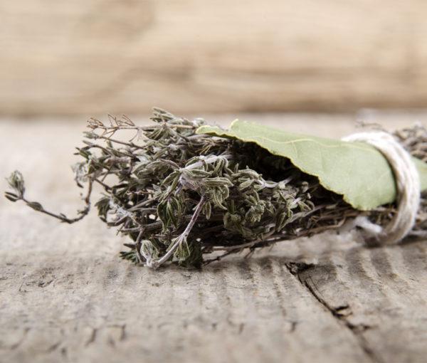 aceite de oliva y tomillo