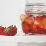 Fresas escabechadas al agua de azahar con aceite de oliva y naranja Azada