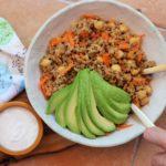 Ensalada de quinoa con yogurt, Harissa y aceite de oliva Azada